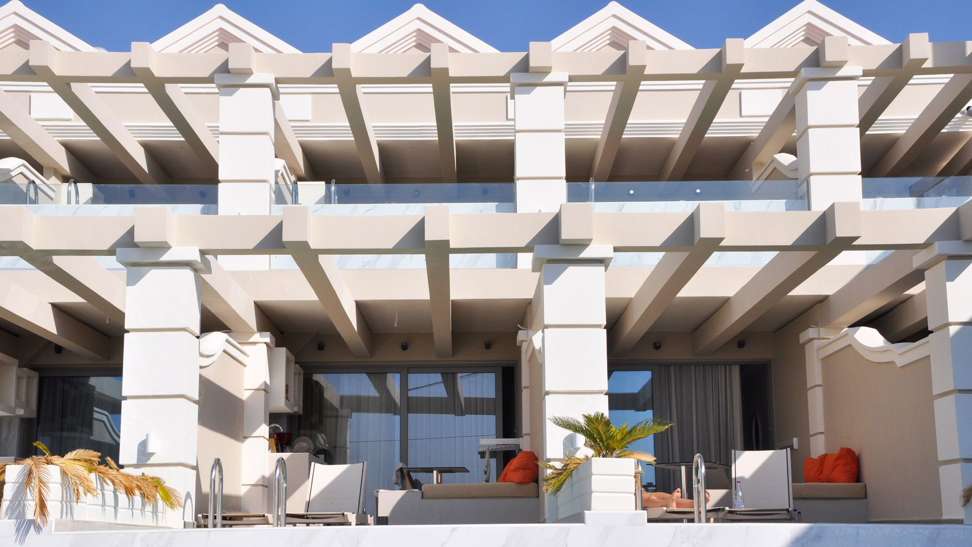 Agios Gordios Beach Resort front view